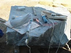 Скульптура из гранита Голубь №022