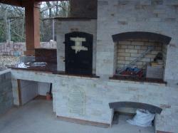 Камин-барбекю из Капустянского гранита №11