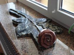 Роза из гранита №4